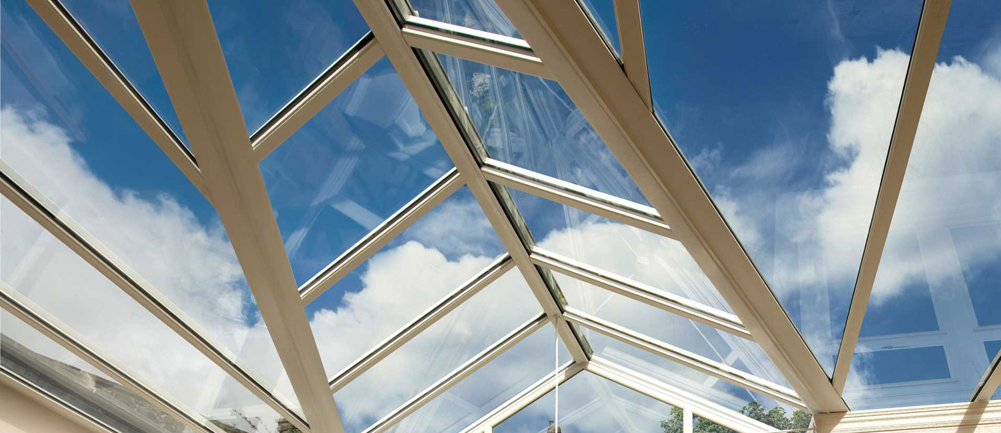 Upgrade to a SMARTGLASS Roof